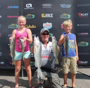 Walleye Fishing Charters in Lake Oahe
